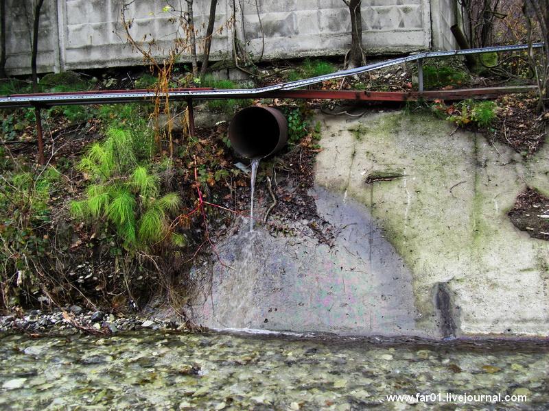 Туапсе сброс нефтепродуктов в реку и море