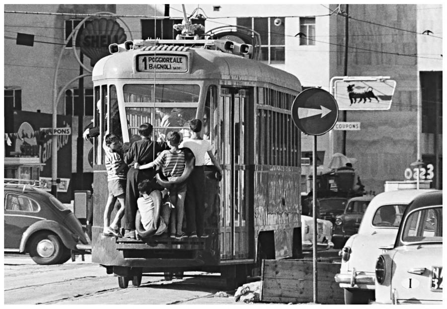 Gianni-Berengo-Gardin_napoli-1960_03