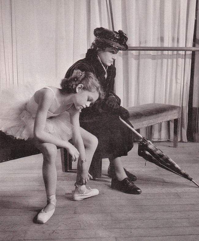Борис Липницкий, урожд. Хаим (Ефим) Липницкий; 1887-1971) Teenaged Brigitte Bardot in Ballet Class, Paris, 1946.
