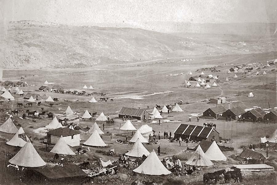 Лагерь английской кавалерии в татарской деревне Кади-кой (совр. Кадыковка, ныне часть Балаклавы)