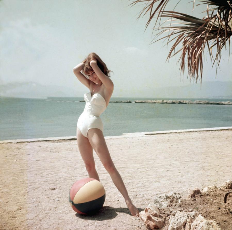 Brigitte Bardot, 1955
