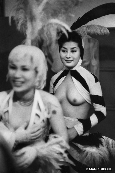 Wings of a night club, Tokyo, 1958