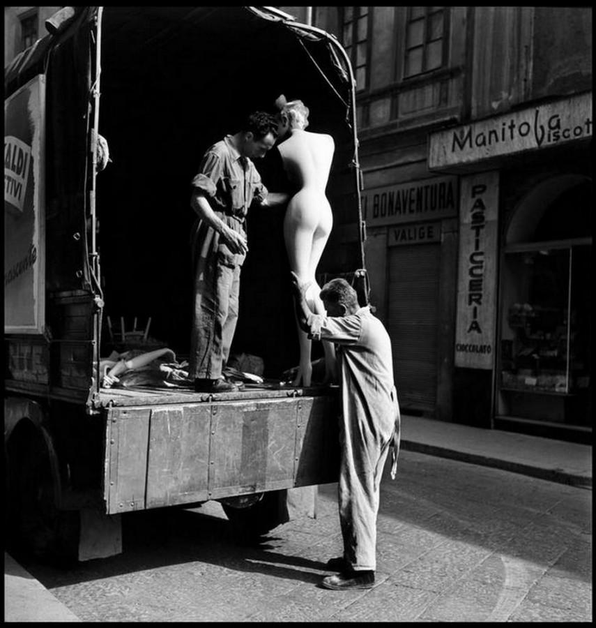 Elliott Erwitt, Milan, Italy, 1949
