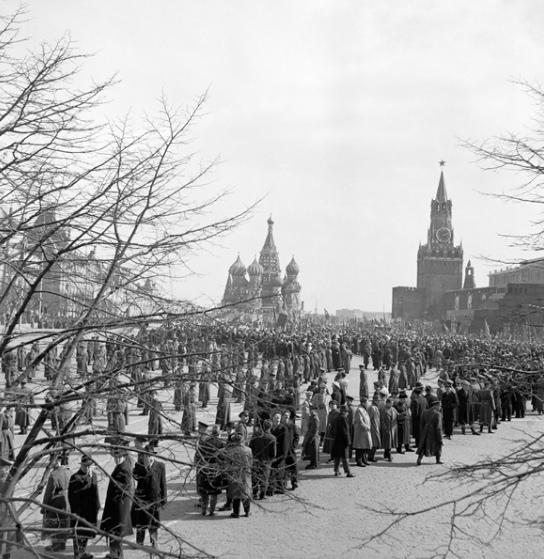 Москва, В ожидании Гагарина, 14 апреля 1961