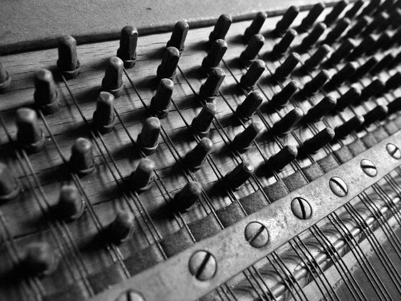 pianobones03