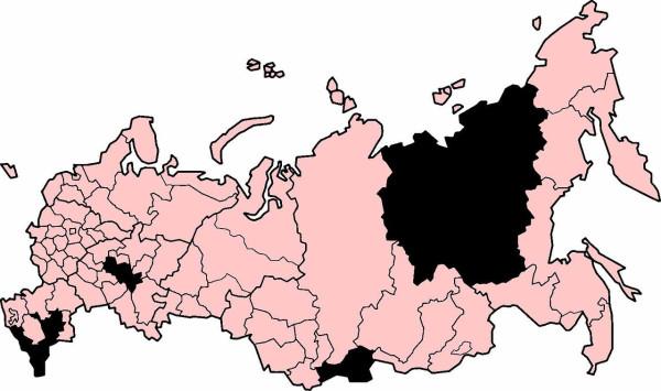 Карта России ,выделены регионы в которых русских меньше