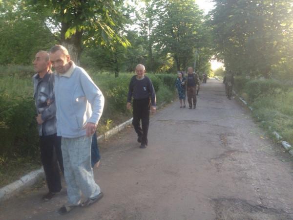 Фото Жучковского-обстрел жилых кварталов и больничных-07