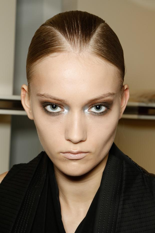 gianfranco-ferre-beauty-spring-summer-2013-mfw1
