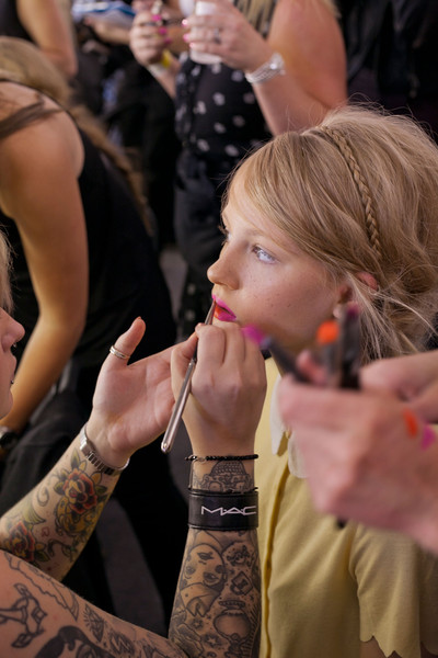 Holly+Fulton+Spring+2013+Backstage+a2ovV338-ygl