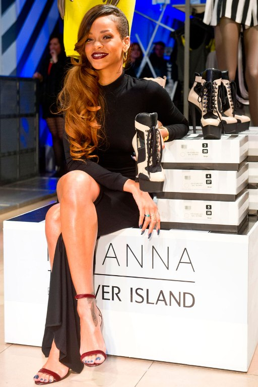 Rihanna to release second River Island collection