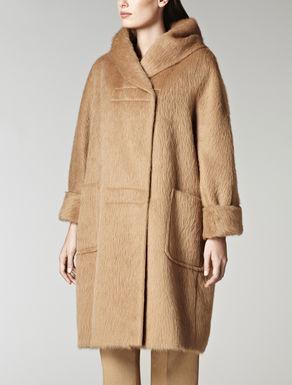 1086143306003-a-coat-arabia-camel_thumbnail