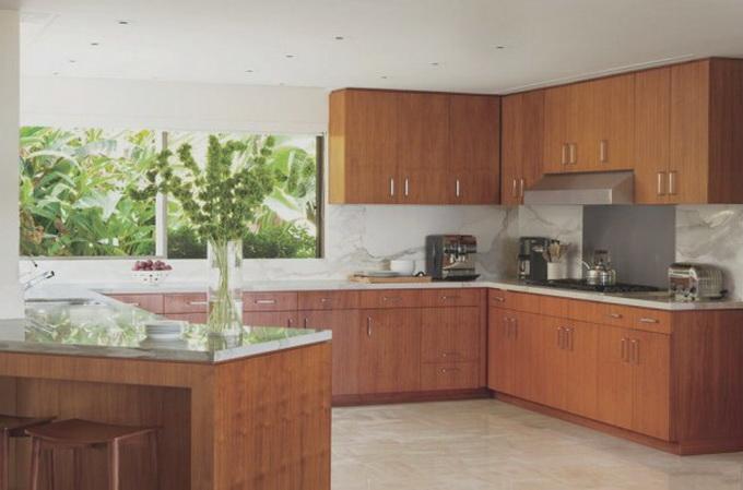 steven-meisel-beverly-hills-mid-centruy-home-1-600x400