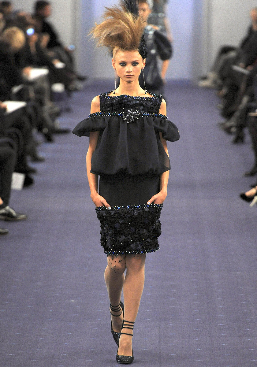 chanel-spring-2012-couture-35_090203171644