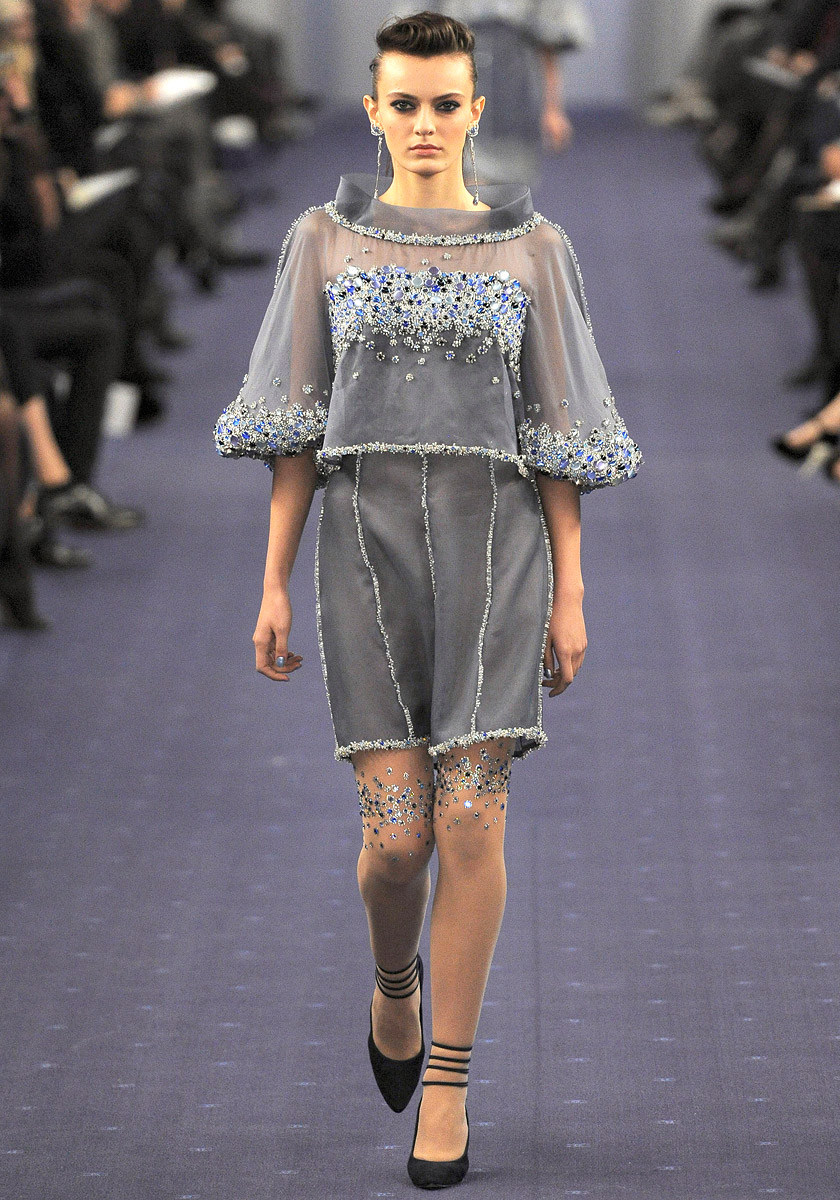 chanel-spring-2012-couture-40_09020659978