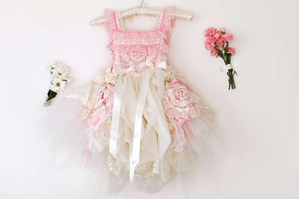couture-flowergirl-dresses-vicky-lee-mylo