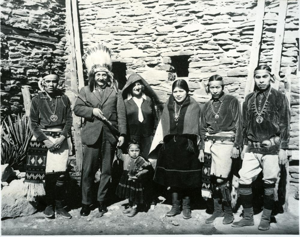 эйнштейн, индейцы