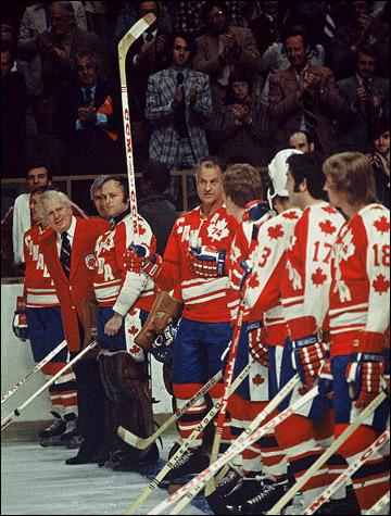 1342903301_b_superserija-1974-sbornaja-kanady