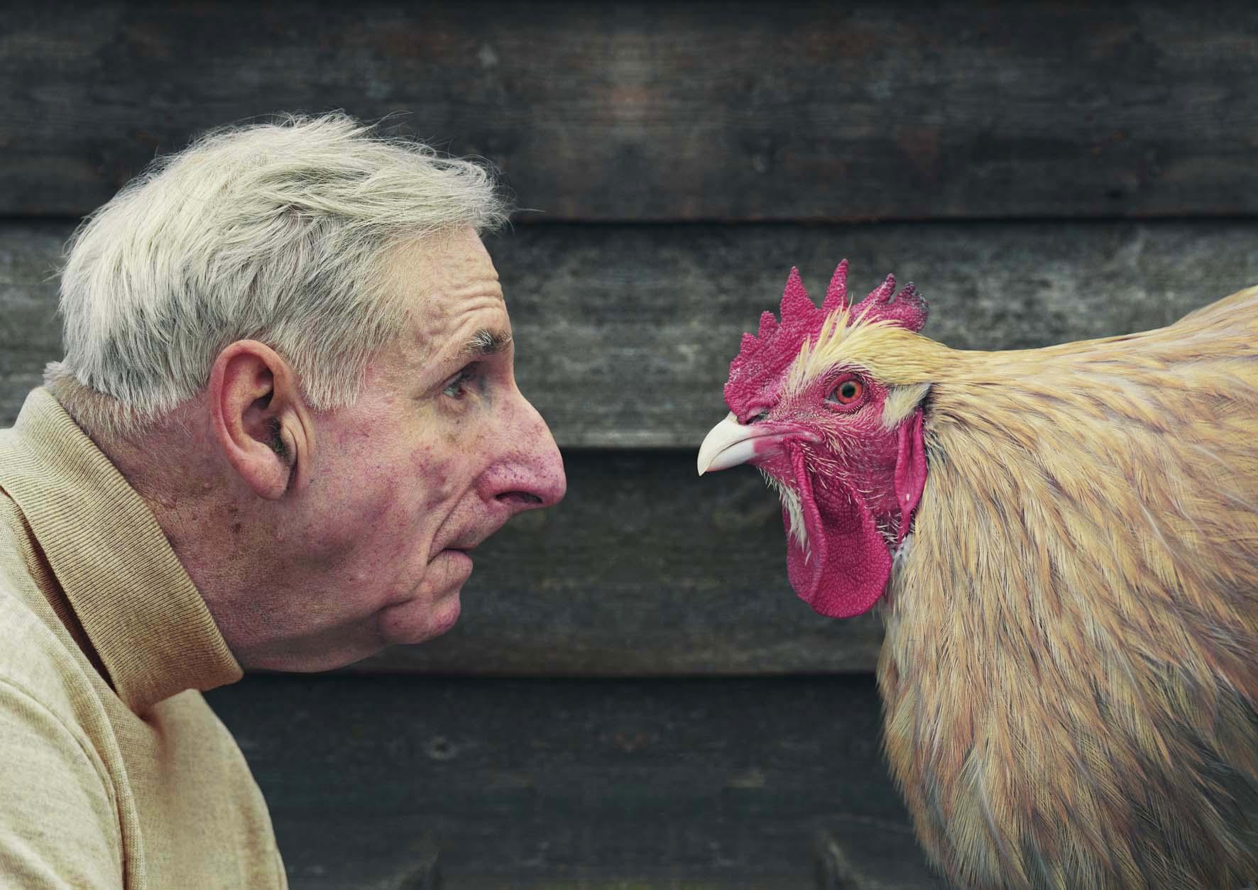 Stewart_Hugh_and_chicken_in_profile