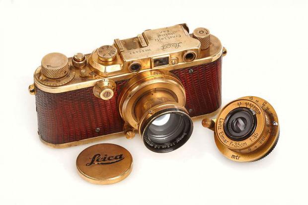 позолоченая Leica