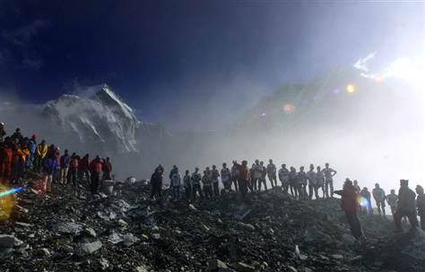 Майк Петерс, Эверест, концерт, The Alarm