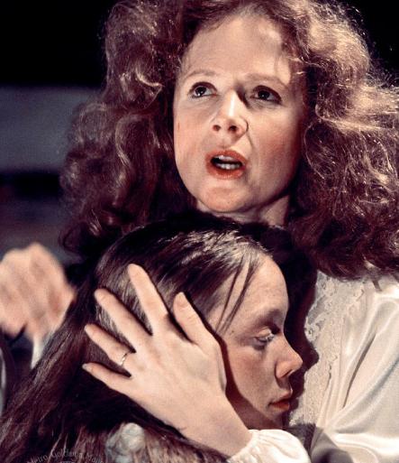 Маргарет Уайт, «Кэрри» (1974), Стивен Кинг (род. 21 сентября 1947)