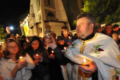 Македонским священникам запретили Facebook