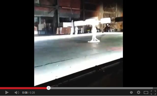 Леди Гага представила первое в мире летающее платье