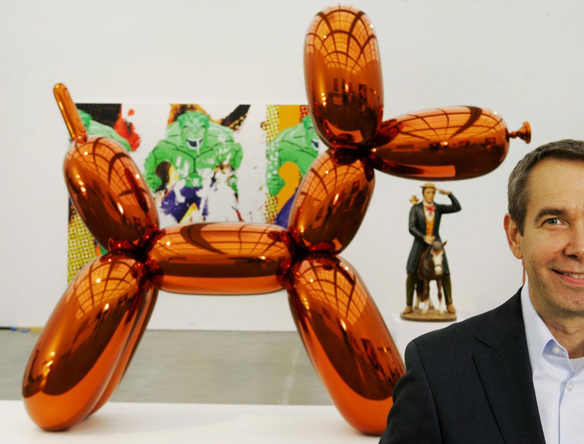 Джефф Кунс, «Оранжевая собака из шаров»