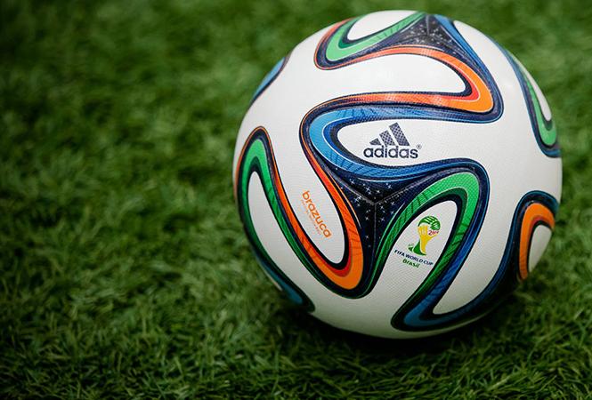 День Мяча: как выглядели официальные мячи FIFA разных лет