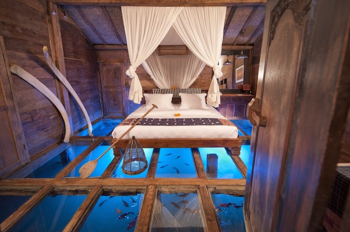 Подводный мир в номере отеля