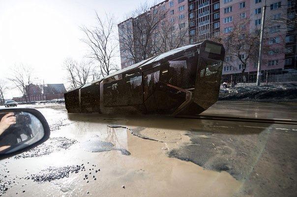 Новый трамвай УралВагонЗавода на улицах Екатеринбурга