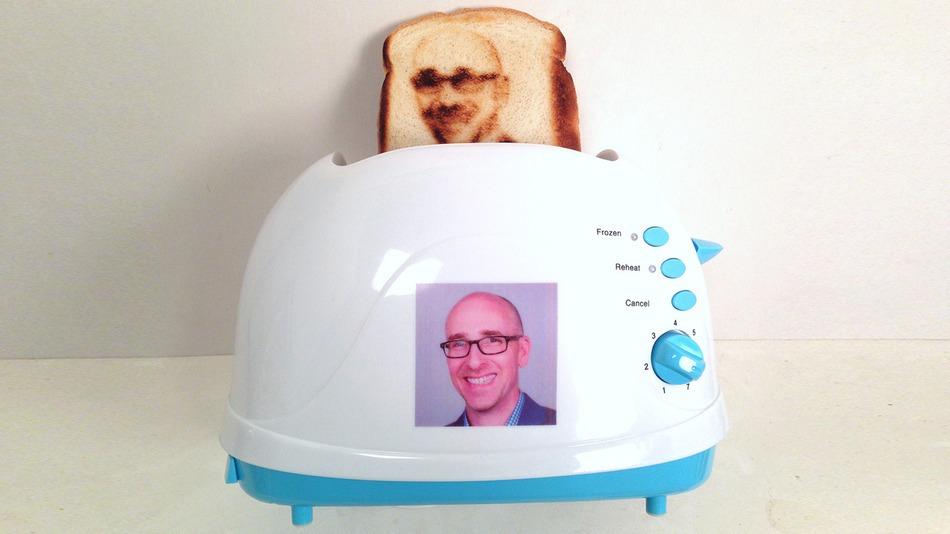 Lance_Toast