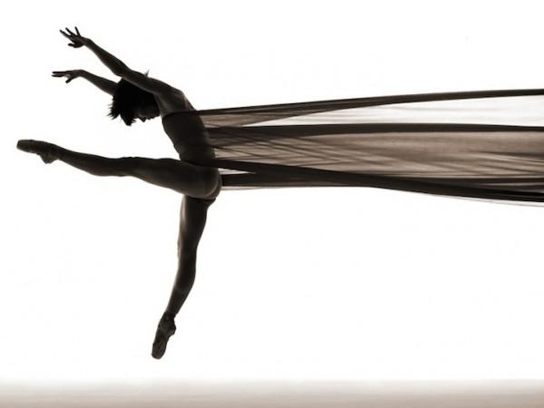 Завораживающие фото танцоров в движении