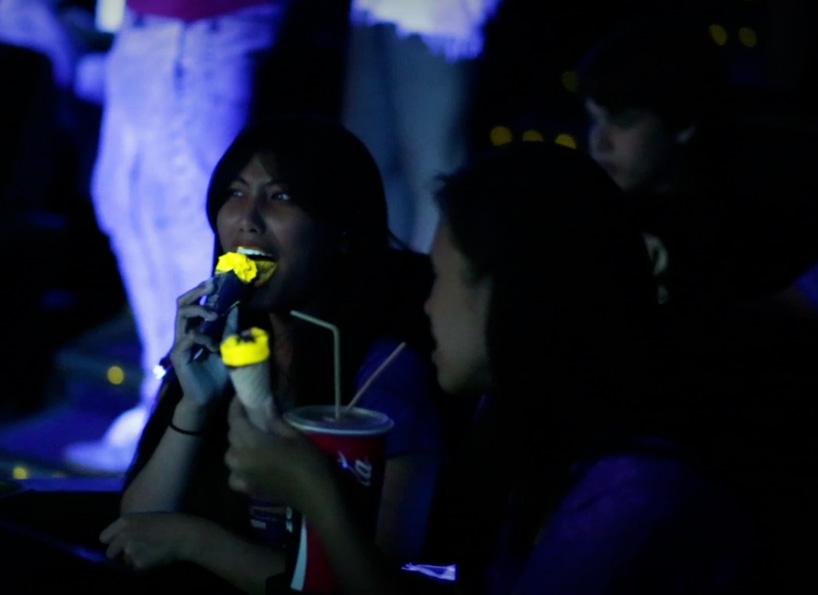 glow-in-the-dark-cornetto-bompas-parr-designboom-03
