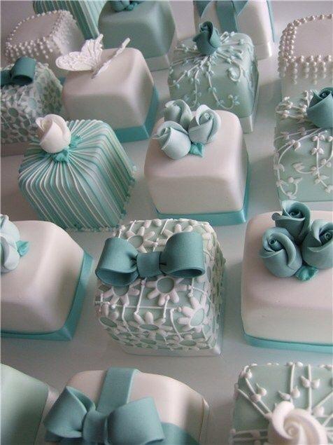Дизайнерских тортиков вам в ленту!