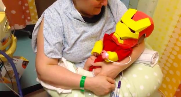Костюм железного человека для новорожденного сына