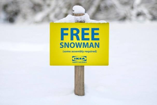Бесплатный снеговик. Нуждается в сборке