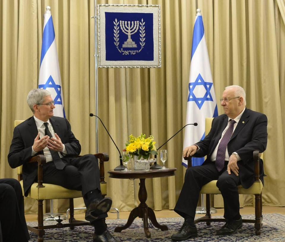 Глава Apple Тим Кук в Израиле