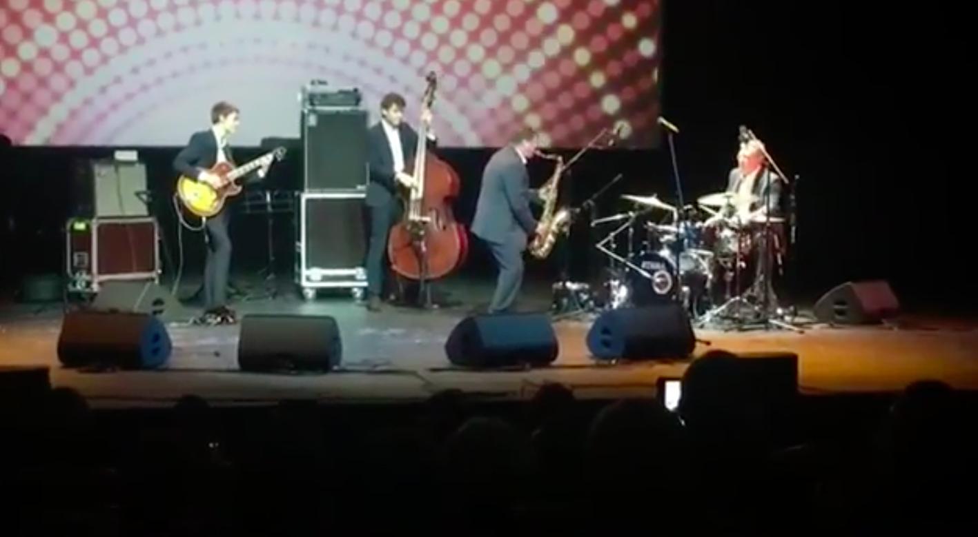 Алексей Кудрин сыграл на барабанах на джазовом фестивале