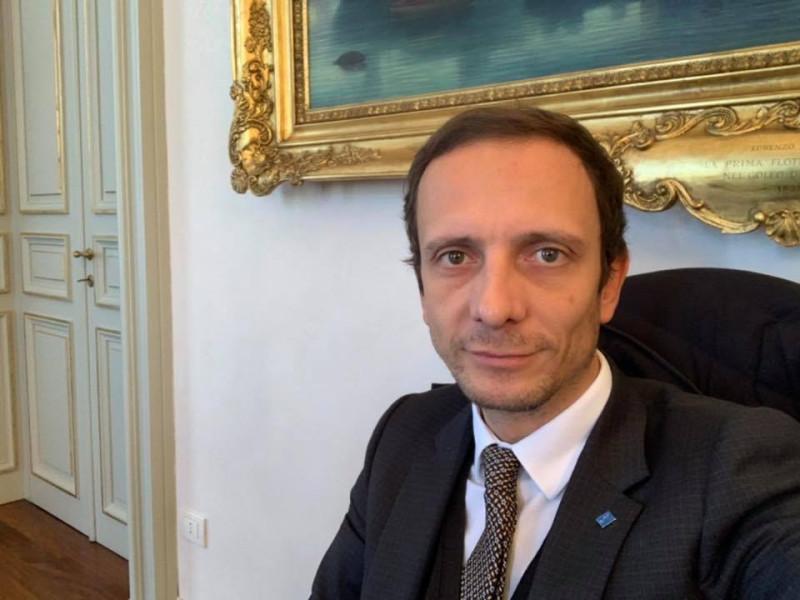 Итальянский политик, выступавший против обязательных прививок от ветрянки, заболел ветрянкой