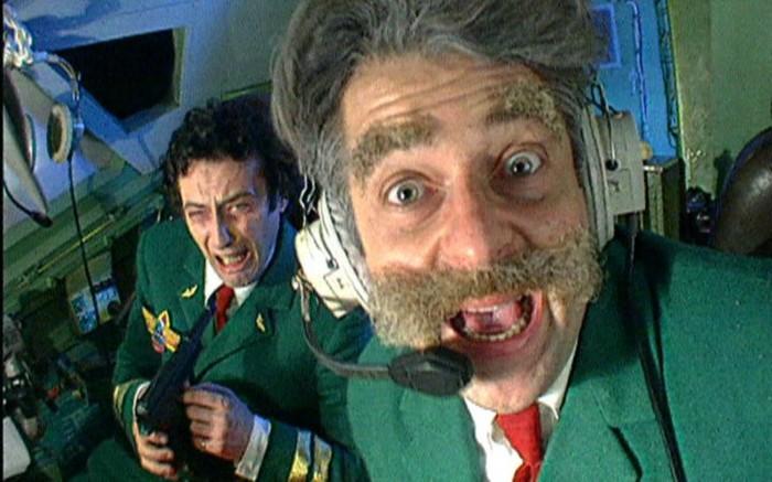 Пассажир EasyJet заменил не вышедшего на работу пилота