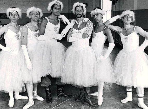 Мужской балет, Les Ballets Trockadero de Monte Carlo