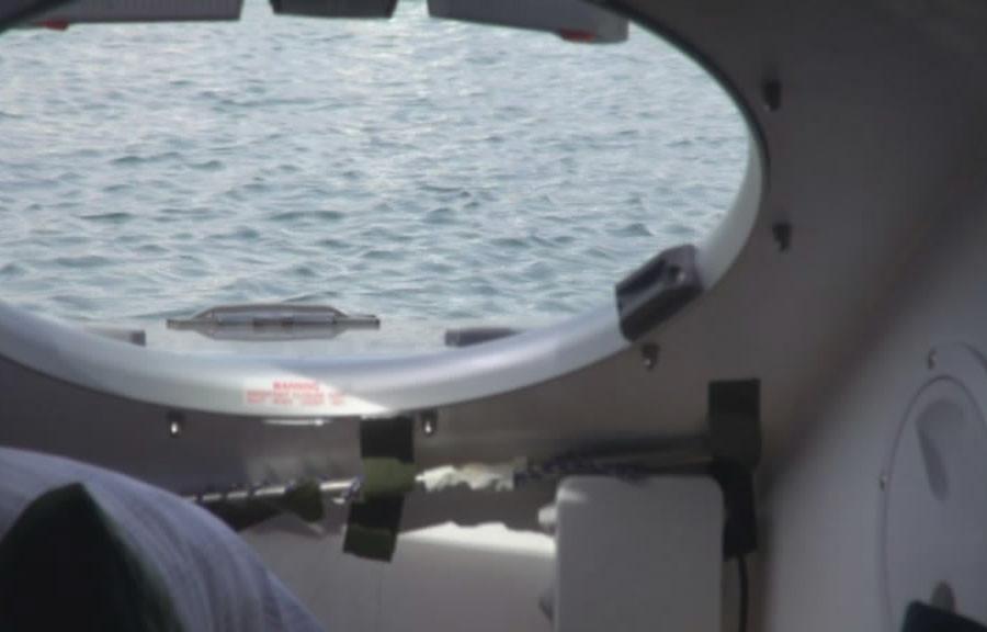 Внутри лодки