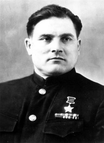 jyqfvzzvxtam-mikhail-deviataev