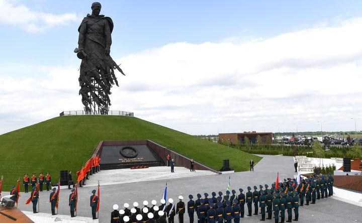 putin_lukasheno_memorial_rzhev_2020_1