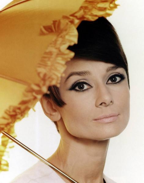 kinopoisk.ru-Audrey-Hepburn-532878