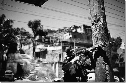 Город Бога или Рио-Де-Жанейро в черных штанах 4
