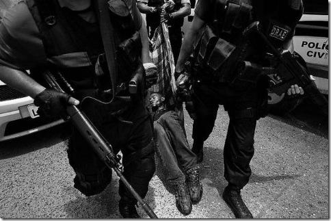 Город Бога или Рио-Де-Жанейро в черных штанах 14