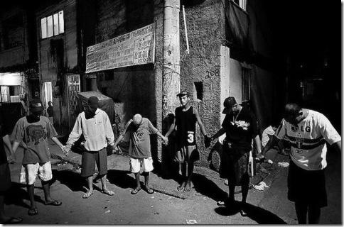 Город Бога или Рио-Де-Жанейро в черных штанах 24