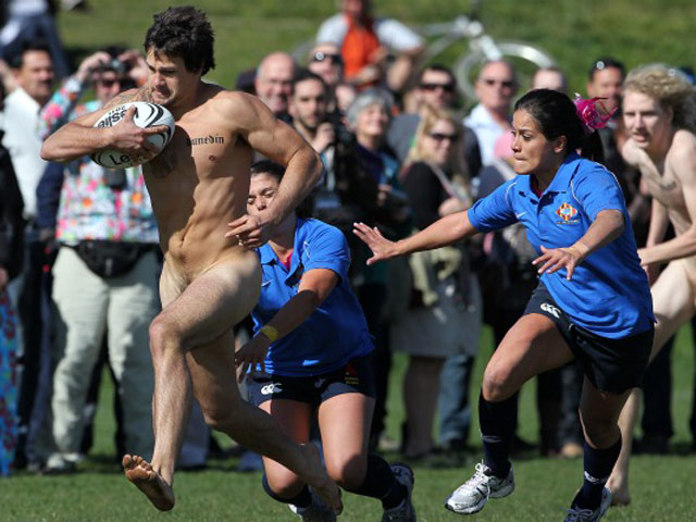 Rugby party naked — 10
